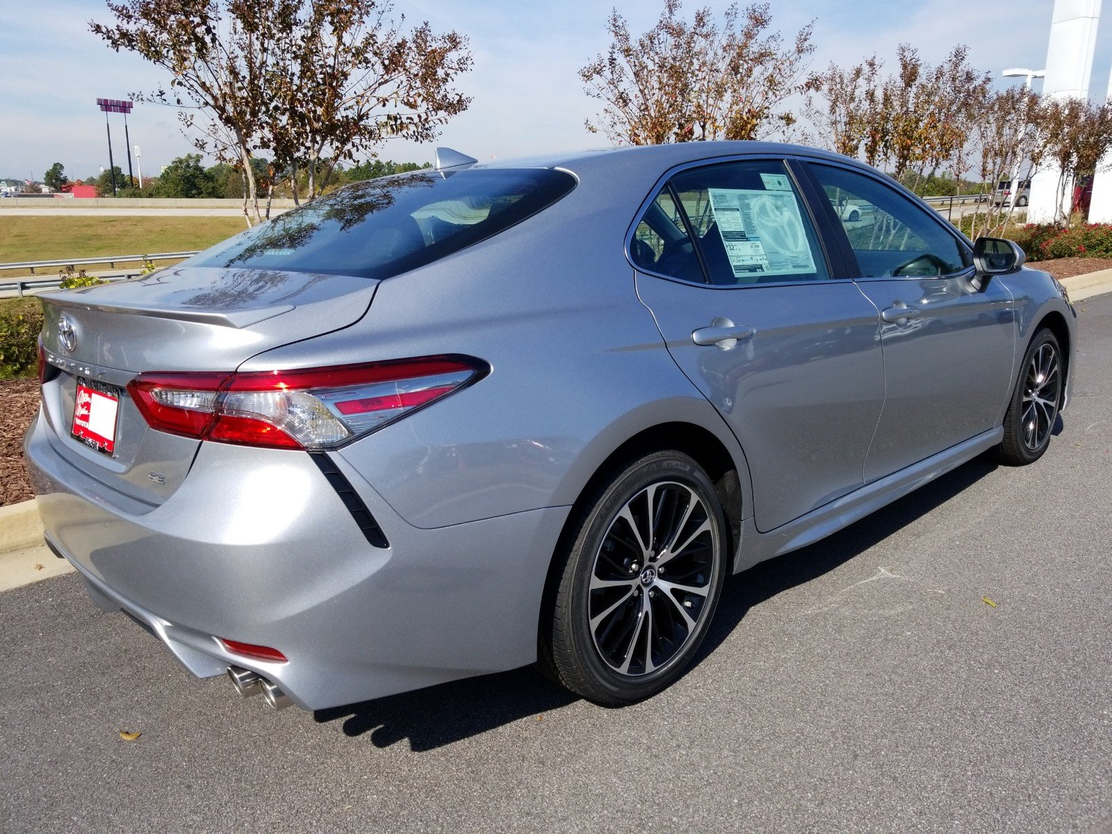 New 2019 Toyota Camry SE 4dr Car in Gainesville