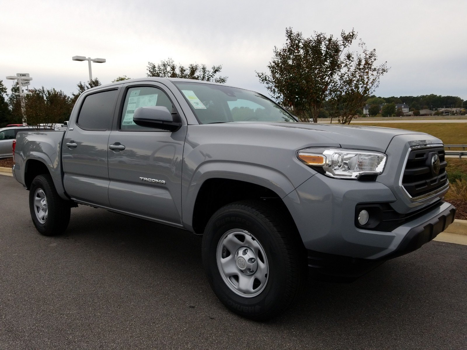 New 2019 Toyota Ta a SR5 Crew Cab Pickup in Gainesville